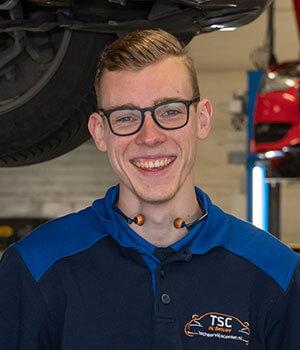 Kfz-Mechaniker Nino van Dam